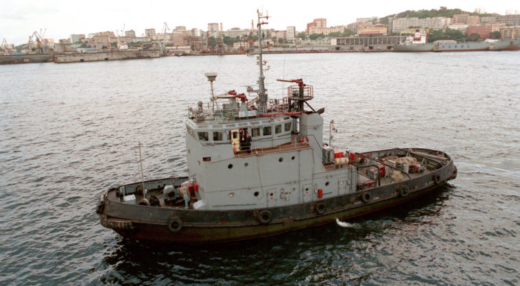Tugs_Ships
