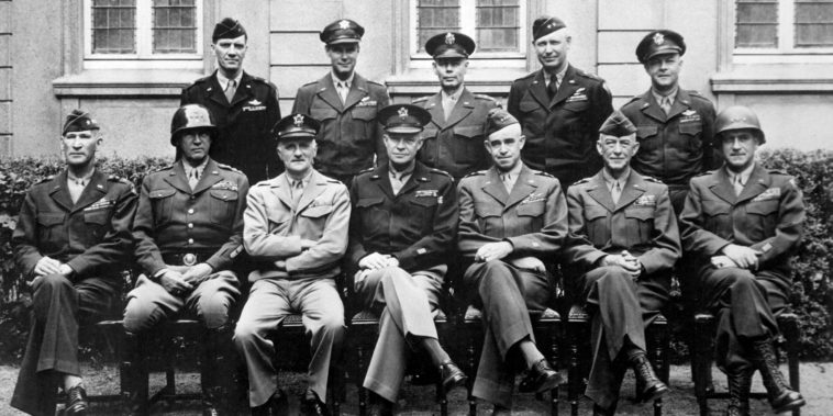 American_World_War_II_senior_military_officials,_1945