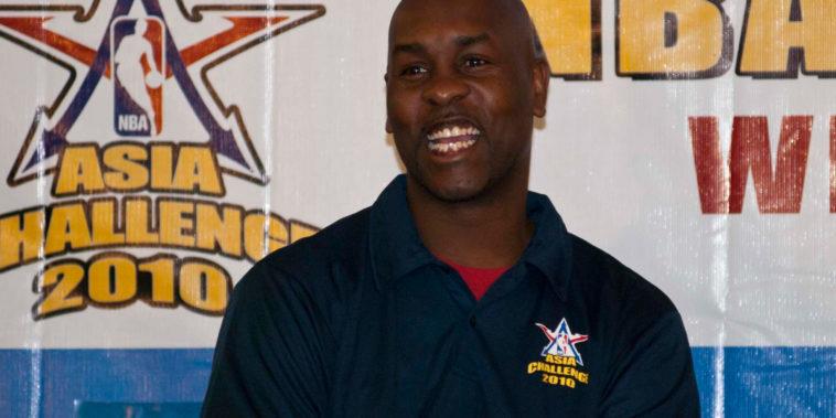 Gary_Payton_laughing_NBA_Asia_Challenge_2010