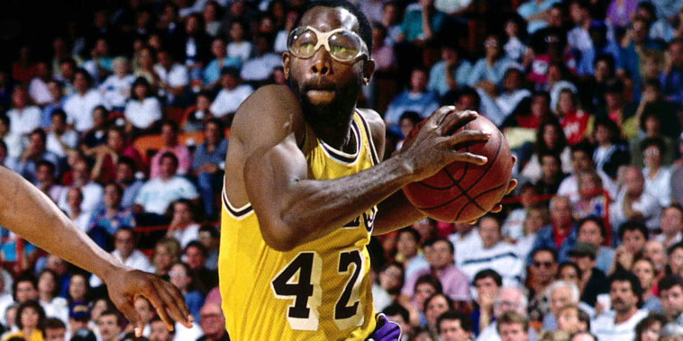 legends-james-worthy