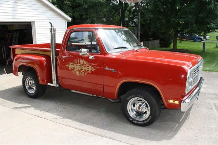 1979 Dodge Lil' Red Express Truck(classiccars.com)