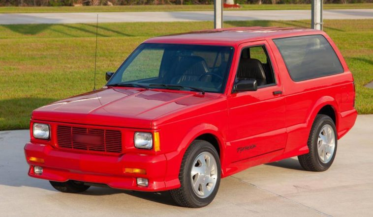 1993 GMC Syclone-Typhoon(Hemmings)