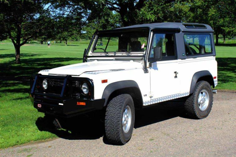 1997 Land Rover Defender(Hemmings)