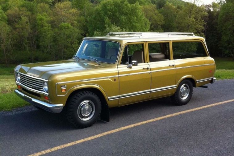 International Harvester Travelall(bangshift.com)